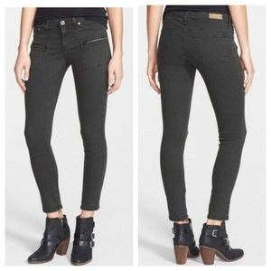 AG 28 The Harlow Patch Pocket Zip Skinny Jean E4
